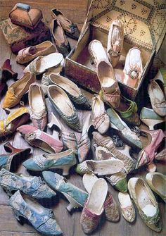 """""""Queen Marie Antoinette's actual shoe collection""""  Really?  If one pair recently sold for 50,000 Euros?  Somehow I think someone took a fashion writer's hyperbole too seriously."""