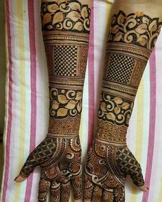 Mehndi Designs will blow up your mind. We show you the latest Bridal, Arabic, Indian Mehandi designs and Henna designs. Dulhan Mehndi Designs, Mehandi Designs, Latest Bridal Mehndi Designs, Wedding Mehndi Designs, Unique Mehndi Designs, Beautiful Mehndi Design, Tattoo Designs, Latest Mehndi, Dubai Mehendi Designs