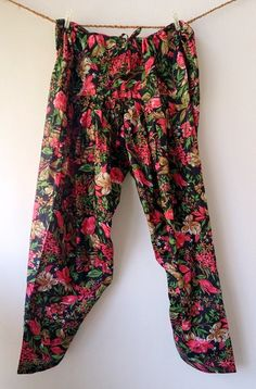 Hey, I found this really awesome Etsy listing at https://www.etsy.com/listing/177623034/black-floral-cotton-indian-pants-salwar