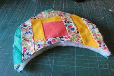 Through the window: Tutorial pantuflas patchwork / Patchwork Slippers Tutorial.