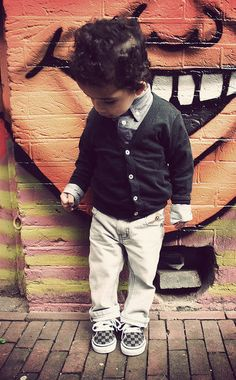 My future child is going to dress like this. Especially the shoes