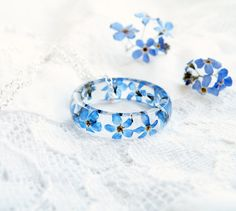 Real dried forget me not ring necklace Sterling silver chain Flower resin ring Stacking ring Blue band ring Terrarium jewelry Eco resin ring