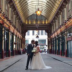 Rompiballe On The Road #London #cityoflondon #city #skyscraper #view #skyline #travel #travelphotography #leadenhallmarket #market #architecture #wedding