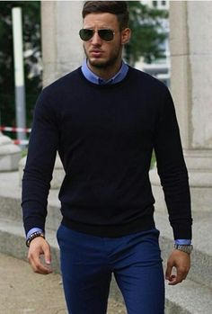 Mode für Männer Style - Yasin Erdem - So Mode Masculine, Blue Sweater Outfit, Blue Trousers Outfit, Sweater Fashion, Men Sweater, Mens Sweater Outfits, Herren Outfit, Mens Fashion Suits, Fashion Fashion