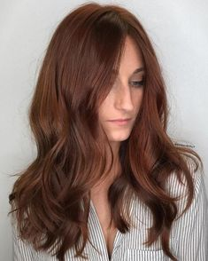 37 Trendy Hair Color Brown Auburn Ombre - All For Hair Color Balayage Natural Auburn Hair, Brown Auburn Hair, Hair Color Auburn, Hair Color Highlights, Hair Color Dark, Ombre Hair Color, Hair Color Balayage, Dark Hair, Caramel Highlights