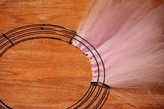 Sister-Dipity: Tulle and Ribbon Wreath Tutorial More