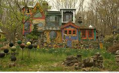 Ricky Boscarino is a sculptor, painter and jewelry maker whose biggest art project for the past 23 years has been his home on five quiet acres.