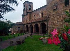 Esos hermosos pueblos de #Navarra... esos hermosos pueblos... Etxalar by @oberlegna / Instagram