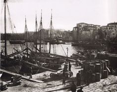 Port of Heraklion, Crete - 1911 Macedonia Greece, Crete Greece, Old Pictures, Old Photos, Vintage Photos, Paris Skyline, New York Skyline, Crete Island, Greek History