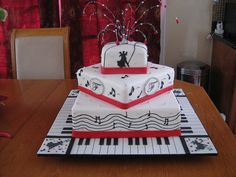 Music theme wedding cake on Music theme wedding page Music Wedding Cakes, Music Themed Cakes, Themed Wedding Cakes, Beautiful Cakes, Amazing Cakes, Fondant, Piano Cakes, Movie Cakes, Cake Decorating Supplies