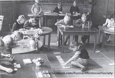 For those unfamiliar with the Montessori method, these historical images gathered from around the web show some of the characteristic featu. Montessori Classroom Layout, Montessori Kindergarten, Montessori Room, Montessori Education, Montessori Materials, Maria Montessori, Teaching Materials, First Female Doctor, Philosophy Of Education