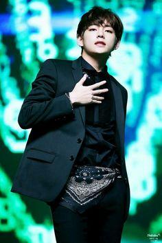 sexy V perform rainism #BTS #V #taehyung