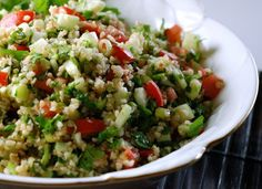 Tabbouleh - cracked wheat salad parsley and mint & of course lemon juice. * scoop the salad with small romaine leaves and gently fold and eat Middle Eastern Salad Recipe, Middle Eastern Salads, Middle Eastern Recipes, Mint Recipes, Salad Recipes, Healthy Recipes, Greek Recipes, Healthy Meals, Armenian Recipes