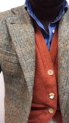 Joey Phillips – – – Joey Phillips in 2020 Tweed Jacket Men, Tweed Men, Tweed Jackets, Modern Mens Fashion, Mens Fashion Suits, Fashion Outfits, Mens Cardigan Fashion, Blue Shirt Outfit Men, Fashion Fashion