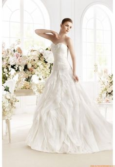 Vestido de novia Avenue Diagonal Febrero 2014