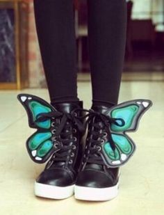 unique and fashionable 3d butterfly black shoes for girls