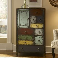 Powell Parcel Chest, so neat