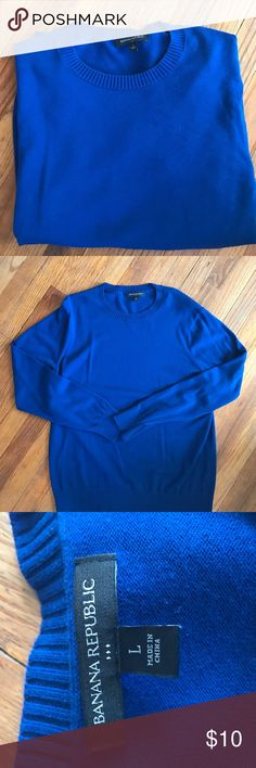 High quality men's sweater From Banana Republic, worn just a few times, just not the right fit for my husband. Great condition . Gorgeous royal blue color. Classy look for a nice evening out or business casual. Size Large. Banana Republic Sweaters Cardigan