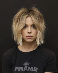 15 Cute Haircuts That Will Inspire You To Chop Your Strands RN - - 15 Cute Haircuts That Will Inspire You To Chop Your Strands RN Hairstyles Cute Haircut Ideas; Inspiration For Your Next Chop In 2019 Cute Haircuts, Cute Hairstyles, Choppy Bob Hairstyles, Love Hair, Great Hair, Medium Hair Styles, Curly Hair Styles, Pixie Haircut Styles, Blonde Hair Inspiration