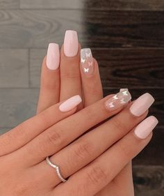 Classy Acrylic Nails, Edgy Nails, Acrylic Nails Coffin Short, Cute Acrylic Nail Designs, Square Acrylic Nails, Pink Acrylic Nails, Stylish Nails, Swag Nails, Simple Acrylic Nail Ideas