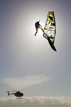 OMG!  #kitesurfing   http://www.blueprinteyewear.com/