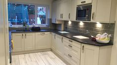Quality fitted kitchens at affordable prices. Covering all of the Midlands, Shropshire and Staffordshire. Gloss kitchens to Traditional wood kitchens.