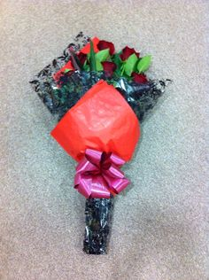Half a Dozen Red Roses Flat Pack