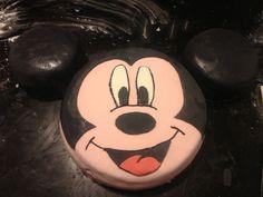 #Mickey #mouse #cake #disney #sugarpaste for #birthday #white #pink // #Torta in #pasta di #zucchero #pastadizucchero #pdz di #topolino #idea per un #compleanno #nero #rosa // #mickeymouse #tarte #gateau #fondant pour #anniversaire #noir et #rose