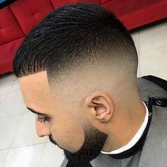 Check this out from @thebarberpost Go check em Out  Check Out @RogThaBarber100x for 57 Ways to Build a Strong Barber Clientele!  #barbercape #MyBarberMarcos #luckyleftythebarber #305barber #rhabarberkuchen #barberlover #inlandempirebarber #classicbarbering #barbermob #dallasbarbershop #empirebarbershop #sanantoniobarbers #BraidBarbers #barbershopsurabaya #BESTBARBERSHOP #CITYBARBERS #barberofseville #hialeahbarber #Dopebarber #vitalebarberiscanonico #barberian #washingtondcbarber…