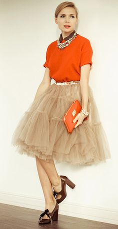 Tulle midi skirt in caramel, orange top & purse, brown shoes & collar, gold necklace & belt.