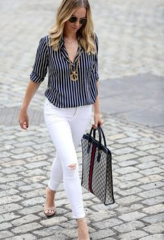 How to transition white denim from summer to fall. Classy Outfits, Chic Outfits, Summer Outfits, Fashion Outfits, Casual Chic, Casual Wear, Casual Dresses, Fall Transition Outfits, White Jeans Outfit