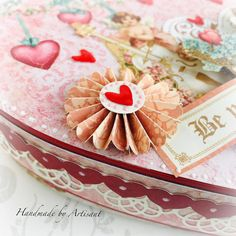 Hello everybody and happy - Valentine's Day - Today I bring you a quick project: altered box for some sweet chocolate. Heidi Swapp, Altered Boxes, December 11, Graphic 45, Happy Weekend, Happy Valentines Day, Heart Shapes, Paper Crafts, Sweets