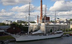 Suomen Joutsen - The beautiful full-rigger anchored next to the Forum Marinum Maritime centre, Bore ship and Turku Castle. Helsinki, Sailing Ships, Finland, Scandinavian, Castle, Museum, Boat, History, Country