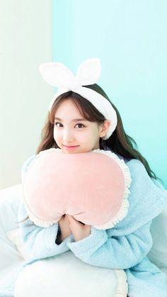 twice ♡ nayeon Kpop Girl Groups, Korean Girl Groups, Kpop Girls, Signal Twice, Twice Fanart, Twice Album, Jihyo Twice, Chaeyoung Twice, Nayeon Twice