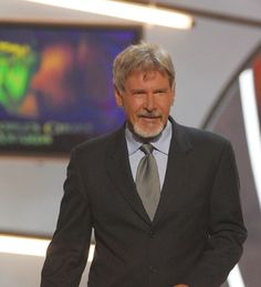 Harrison Ford presents award for Favorite Movie during The 32nd Annual People's Choice Awards. - source: yalleoush