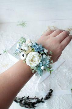 Голубой цветок boutonniere Цветок запястье корсаж жених в | Etsy