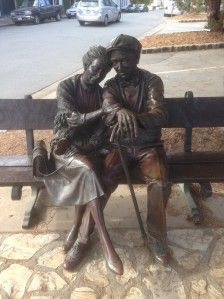 Bronze of Old couple on bench