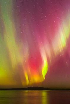 flitterling: Northern Lights, Alaska, by Carl Johnson