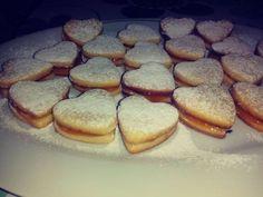 Omlós linzer Hungarian Recipes, Hungarian Food, Biscotti, French Toast, Cookies, Breakfast, Sweet, Tea
