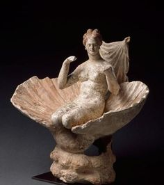 Aphrodite kneeling in a Shell - terracotta statuette from Attica, circa c. BCE, Hellenistic period - at the Louvre Museum Giovanni Boldini, Roman Sculpture, Sculpture Art, Aphrodite, Wassily Kandinsky, Greece Goddess, Sculpture Romaine, Greek Mythology Art, Positive Art