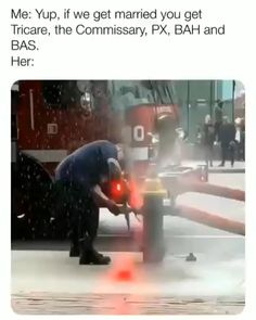 Funny Vid, Funny Clips, Videos Funny, Funny As Hell, Stupid Funny, Funny Jokes, Funny Animal Pictures, Funny Photos, Firefighter Memes