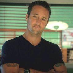 Alex O'loughlin from Hawaii Five-0