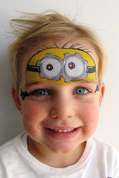 Idees gia ola 60 face painting 5 of the coolest cat face painting designs Minion Face Paint, Monkey Face Paint, Mime Face Paint, Face Paint Makeup, Superhero Face Painting, Face Painting For Boys, Face Painting Designs, Kids Face Paints, Animal Face Paintings