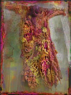 Freeform crochet by MizzieMorawez on Flickr (FridaKahlo on Ravelry). Wow!
