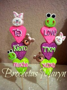Valentines Day Cookies, Valentine Cake, Valentines Food, Valentine Treats, Decorated Marshmallows, Chocolate Covered Marshmallows, Chocolate Lollipops, Marshmellow Treats, Marshmallow Cupcakes