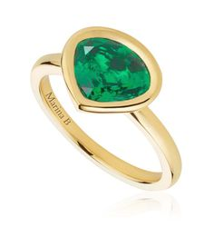 Working together with iconic Italian jeweller Marina B, Mila Kunis helped to create this emerald ring, set with a Gemfields Zambian emerald in the signature Marina B cut. See more from the green gemstone: http://www.thejewelleryeditor.com/jewellery/african-emeralds-emerald-jewellery/ #jewelry #ethical