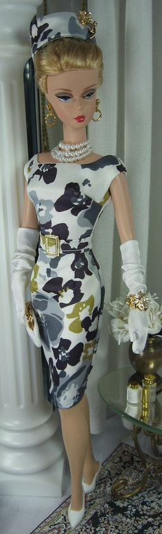 Flora - Barbie Silkstone:  I love this dress