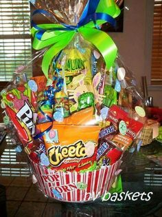 Snack baskets Birthday Gift Baskets, Birthday Gifts, Snack Recipes, Snacks, Chips, Food, Birthday Presents, Snack Mix Recipes, Appetizer Recipes