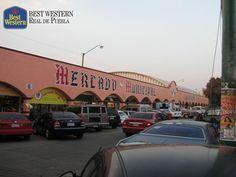 Mercados que ofrecen el mejor sabor de la región. EL MEJOR HOTEL EN PUEBLA. Nada es más representativo de la ciudad que deleitarse con el sabor de su comida en lugares tradicionales como el Mercado Melchor Ocampo, también conocido como El Carmen. Aquí podrá disfrutar de una exquisita cemita, además de otros platillos. En Best Western Real de Puebla, le invitamos a conocer el mercado y pasar un momento agradable durante su viaje. #elmejorhotelenpuebla