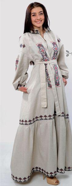 Найурочистіший одяг для святкових подій - це вишитий одяг. Він виділяється  серед інших своєю барвистістю 414a761eed608
